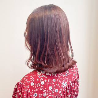 ピンクアッシュ 透明感カラー 切りっぱなしボブ ミニボブ ヘアスタイルや髪型の写真・画像