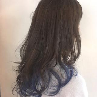 パーマ ロング グラデーションカラー アッシュ ヘアスタイルや髪型の写真・画像