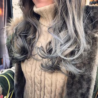 セミロング ストリート 外国人風カラー グラデーションカラー ヘアスタイルや髪型の写真・画像