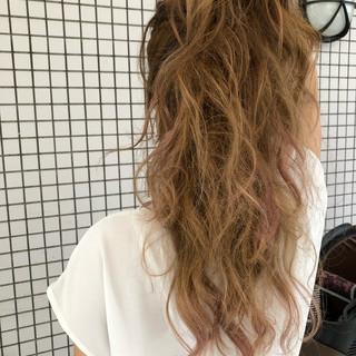ピンクアッシュ ストリート デート 外国人風カラー ヘアスタイルや髪型の写真・画像
