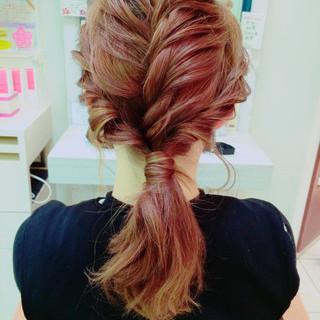 ハイライト ミディアム ヘアアレンジ ローポニーテール ヘアスタイルや髪型の写真・画像