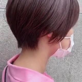 ショート マッシュショート ショートヘア ベリーピンク ヘアスタイルや髪型の写真・画像