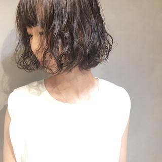 小顔 透明感 ミルクティー ナチュラル ヘアスタイルや髪型の写真・画像