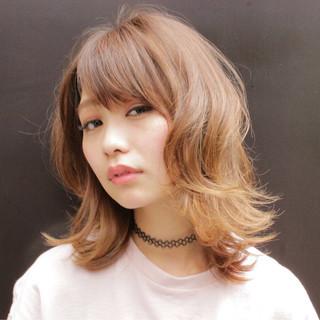 外国人風 外ハネ ハイライト ナチュラル ヘアスタイルや髪型の写真・画像