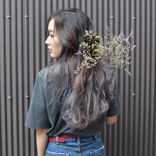 ラベンダーアッシュ ロング ラベンダー アッシュ ヘアスタイルや髪型の写真・画像