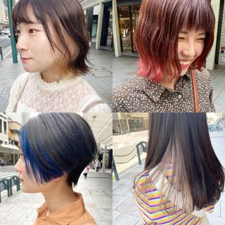 ネイビーブルー ナチュラル インナーカラー ブリーチカラー ヘアスタイルや髪型の写真・画像