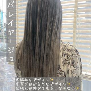ハイトーン グラデーションカラー ロング ストリート ヘアスタイルや髪型の写真・画像