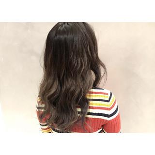 アッシュ 外国人風カラー ストリート バレイヤージュ ヘアスタイルや髪型の写真・画像