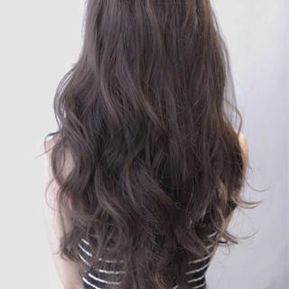 ロング 黒髪 暗髪 外国人風 ヘアスタイルや髪型の写真・画像