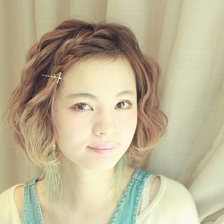 ヘアアレンジ グラデーションカラー 簡単ヘアアレンジ 前髪あり ヘアスタイルや髪型の写真・画像