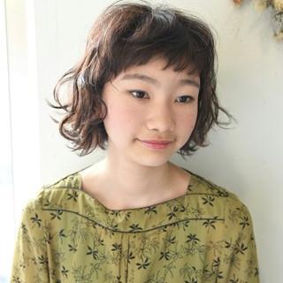 パーマ ガーリー 外国人風 前髪あり ヘアスタイルや髪型の写真・画像