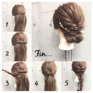 大人女子 セミロング 簡単ヘアアレンジ くるりんぱ ヘアスタイルや髪型の写真・画像