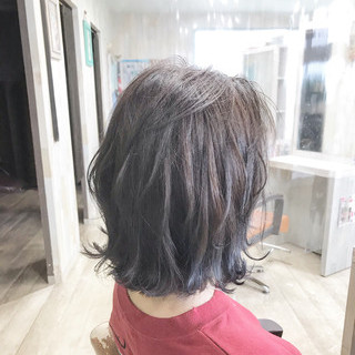 切りっぱなしボブ ナチュラル ボブ インナーカラー ヘアスタイルや髪型の写真・画像