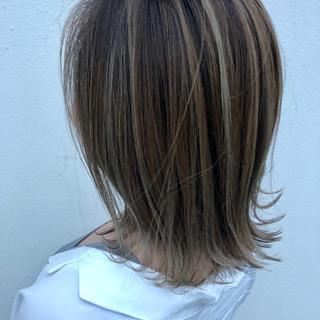 コントラストハイライト ミディアム エレガント ハイライト ヘアスタイルや髪型の写真・画像