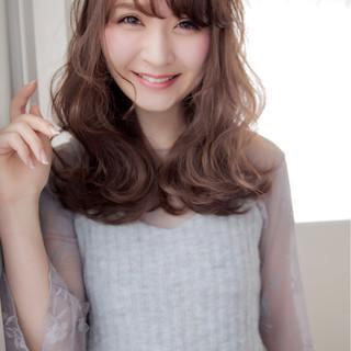 デート ミディアム 大人女子 大人かわいい ヘアスタイルや髪型の写真・画像