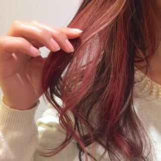 ガーリー ベリーピンク ピンク インナーカラー ヘアスタイルや髪型の写真・画像