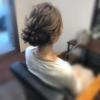 結婚式 アップ アップスタイル フェミニン ヘアスタイルや髪型の写真・画像