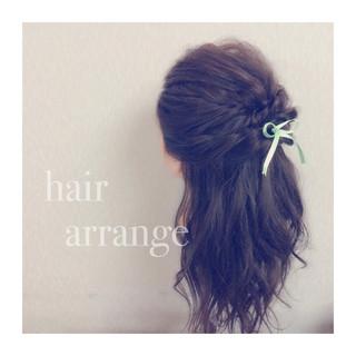 簡単ヘアアレンジ ゆるふわ ショート フェミニン ヘアスタイルや髪型の写真・画像