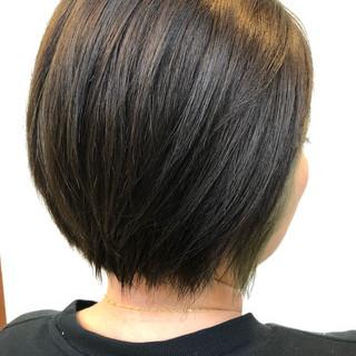 前下がりボブ アクセサリーカラー アディクシーカラー ブリーチカラー ヘアスタイルや髪型の写真・画像