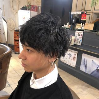 ショート メンズヘア スパイラルパーマ ストリート ヘアスタイルや髪型の写真・画像