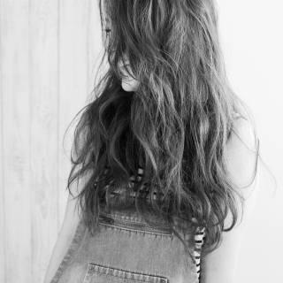 ゆるふわ 黒髪 愛され フェミニン ヘアスタイルや髪型の写真・画像