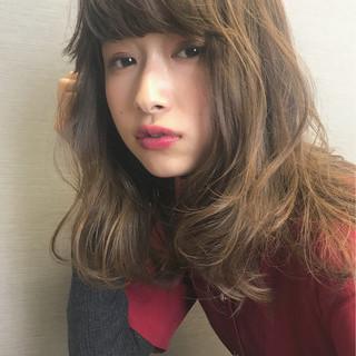 大人かわいい デート ゆるふわ 冬 ヘアスタイルや髪型の写真・画像