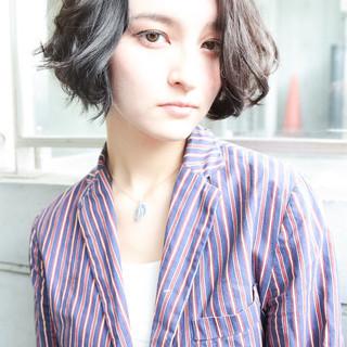ショート 外国人風 ラフ 色気 ヘアスタイルや髪型の写真・画像