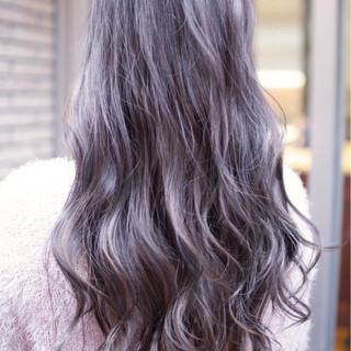 ダブルカラー ナチュラル ロング バレイヤージュ ヘアスタイルや髪型の写真・画像