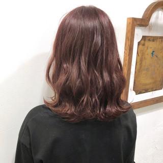 ナチュラル アンニュイほつれヘア ゆるふわ ミディアム ヘアスタイルや髪型の写真・画像