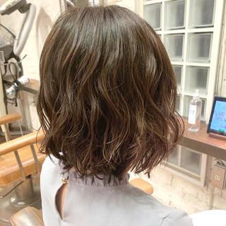ボブ 切りっぱなしボブ パーマ ヘアスタイルや髪型の写真・画像