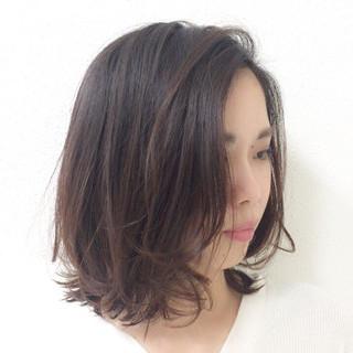 アンニュイほつれヘア セミウェット ナチュラル ボブ ヘアスタイルや髪型の写真・画像