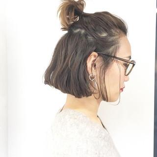 ナチュラル 簡単ヘアアレンジ アウトドア パーマ ヘアスタイルや髪型の写真・画像