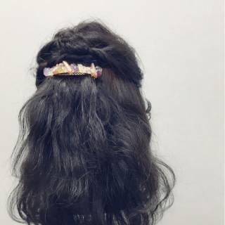 編み込み コンサバ ツイスト ヘアアレンジ ヘアスタイルや髪型の写真・画像