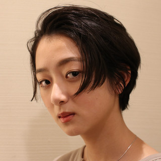 アンニュイほつれヘア ウェーブ 小顔 パーマ ヘアスタイルや髪型の写真・画像
