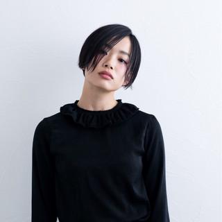黒髪 ジェンダーレス モード かっこいい ヘアスタイルや髪型の写真・画像