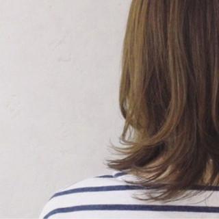 外ハネ 色気 大人女子 小顔 ヘアスタイルや髪型の写真・画像