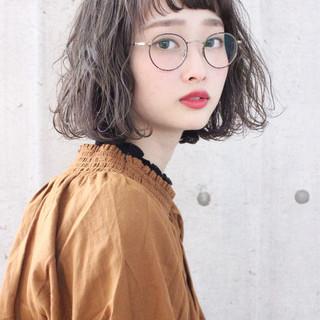 アンニュイほつれヘア ミルクティーグレージュ ボブ ナチュラル ヘアスタイルや髪型の写真・画像