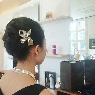 夜会巻 エレガント 結婚式 上品 ヘアスタイルや髪型の写真・画像