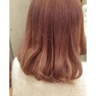 フェミニン ピンク グレージュ ミディアム ヘアスタイルや髪型の写真・画像