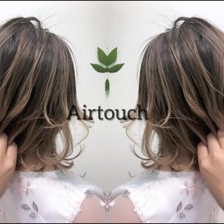 ナチュラル セミロング グラデーションカラー 3Dハイライト ヘアスタイルや髪型の写真・画像