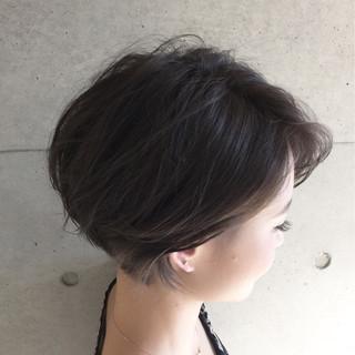 ナチュラル アッシュ 外国人風 ショート ヘアスタイルや髪型の写真・画像