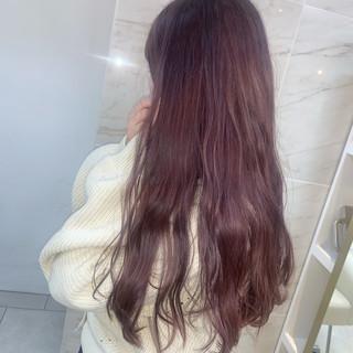 ラベンダーカラー 春色 ラベンダーアッシュ フェミニン ヘアスタイルや髪型の写真・画像
