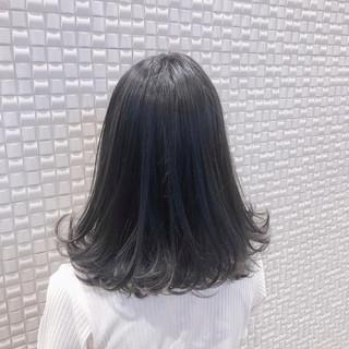 グレージュ ハイトーンカラー グレーアッシュ アッシュグレージュ ヘアスタイルや髪型の写真・画像