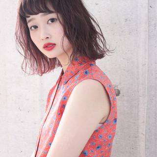 ナチュラル ピンク 抜け感 前髪あり ヘアスタイルや髪型の写真・画像