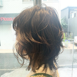 ミディアム ラフ ゆるナチュラル アイロンワーク ヘアスタイルや髪型の写真・画像