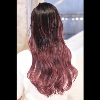 ガーリー バレイヤージュ ハイライト ダブルカラー ヘアスタイルや髪型の写真・画像