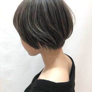 大人かわいい ミニボブ ハイライト ナチュラル ヘアスタイルや髪型の写真・画像