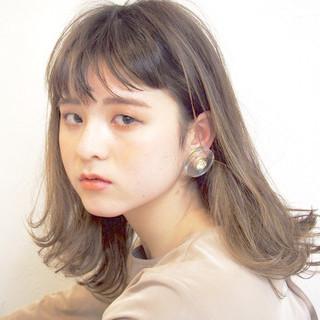 アンニュイ ヘアアレンジ オフィス ナチュラル ヘアスタイルや髪型の写真・画像