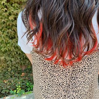 ロング インナーカラーオレンジ アプリコットオレンジ インナーカラー ヘアスタイルや髪型の写真・画像