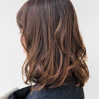 ゆるふわ ヌーディベージュ ブラウンベージュ ミルクティーベージュ ヘアスタイルや髪型の写真・画像